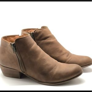 Tan ESPRIT ankle booties size 9